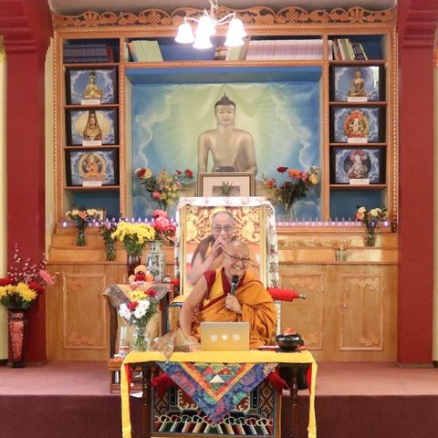 Geshe Thupten Phelgye teaching